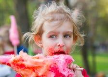 Dziewczyna z słodką bawełną Obraz Stock
