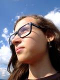 Dziewczyna z szkłami Zdjęcia Royalty Free