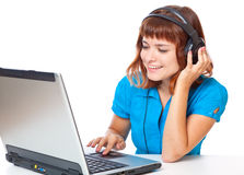 dziewczyna z włosami słucha muzyczny czerwony nastoletniego obrazy royalty free