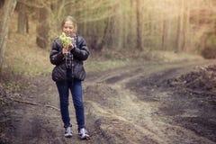Dziewczyna z wierzbą Zdjęcia Stock