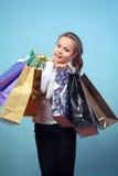 Dziewczyna z zakupami. Zdjęcie Stock