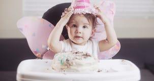 Dziewczynka świętuje jej pierwszy urodziny zbiory