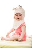 Dziewczynka w puszystym królika kapeluszu Fotografia Royalty Free
