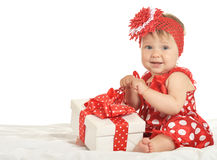 Dziewczynka w sukni z prezentem Obraz Royalty Free