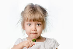 Dziewczynka z zielonym liściem Fotografia Royalty Free