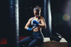 Dziewczyny atleta Boksuje MMA zdjęcie royalty free