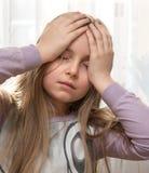 Dziewczyny cierpienie od migreny zdjęcie stock
