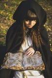 Dziewczyny czarownica z Zdjęcia Stock