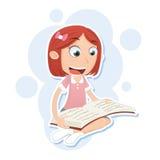 Dziewczyny czytanie i obsiadanie Obraz Stock