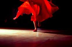 dziewczyny dancingowej pojedynczy white Zdjęcie Stock