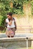 Dziewczyny deaktywacja w fontannie Fotografia Royalty Free
