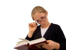 dziewczyny do czytania książki young fotografia stock