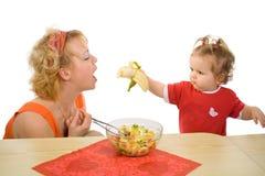dziewczyny dziecka żywnościowa mamo zdjęcie royalty free