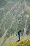 dziewczyny góry wierzchołek Obraz Royalty Free