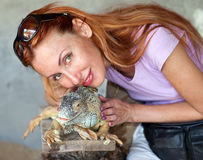 dziewczyny iguany portret Zdjęcia Stock