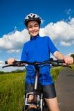Dziewczyny jechać na rowerze Obrazy Royalty Free