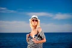 dziewczyny kapeluszu żeglarz Obrazy Stock