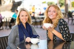 Dziewczyny kawowe Fotografia Stock