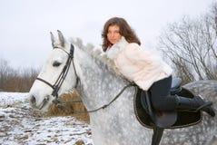 dziewczyny konia krajobrazu zima Zdjęcia Stock