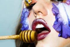 dziewczyny kwiecisty makeup Obrazy Stock