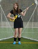 Dziewczyny Lacrosse gracz goofing wokoło w bramie Zdjęcie Stock