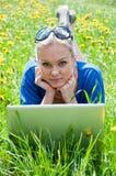 dziewczyny laptopu uczeń Zdjęcie Stock