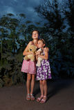 dziewczyny lasowy nighttime dwa Obraz Stock