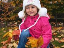 dziewczyny liść ja target2037_0_ Fotografia Royalty Free