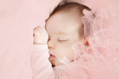 dziewczyny mały śpi Obrazy Stock