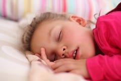 dziewczyny mały śpi Obraz Stock