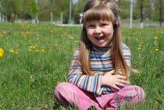 dziewczyny mały szczęśliwy zdjęcia stock