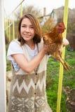 Dziewczyny mienia kurczak Fotografia Stock