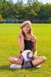 Dziewczyny mienia piłka Obrazy Stock