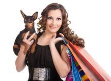 dziewczyny miniaturowego pinscher ekskluzywny zakupy Zdjęcie Stock