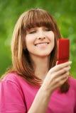 dziewczyny mobilni portreta potomstwa Fotografia Royalty Free