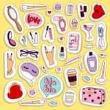 Dziewczyny mody symboli/lów wektorowi majchery łatają śliczne kolorowe odznaki zabawy kreskówki ikony konik, rogu koń, wargi, mił Obrazy Stock