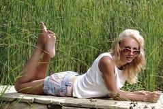 dziewczyny mola rzeka Obraz Stock