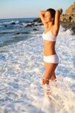 dziewczyny morza fala zdjęcia royalty free