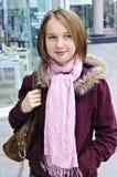 dziewczyny na zakupy nastolatków. Fotografia Stock