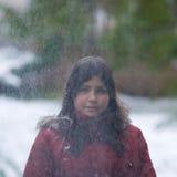 dziewczyny nastoletni śnieżny trwanie Obrazy Royalty Free