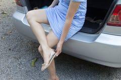 Dziewczyny odmieniania buty Obraz Stock