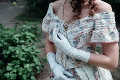 Dziewczyny panna młoda w rocznik sukni zdjęcia stock