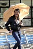 dziewczyny parasola whit Zdjęcie Royalty Free