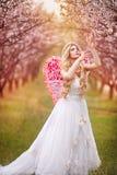 dziewczyny piękna ogrodowa wiosna Zdjęcie Stock