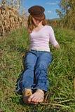 dziewczyny pola odpocząć zdjęcia stock