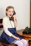 dziewczyny stary telefonu target1615_0_ Fotografia Stock