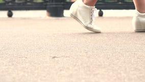 Dziewczyny stopy kroki zbiory