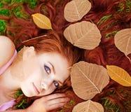 dziewczyny trawy zieleni potomstwa Zdjęcie Stock