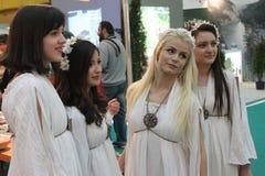 Dziewczyny ubierać w czarodziejce Fotografia Stock