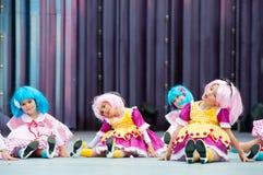 Dziewczyny z błękita i menchii włosy obrazy stock